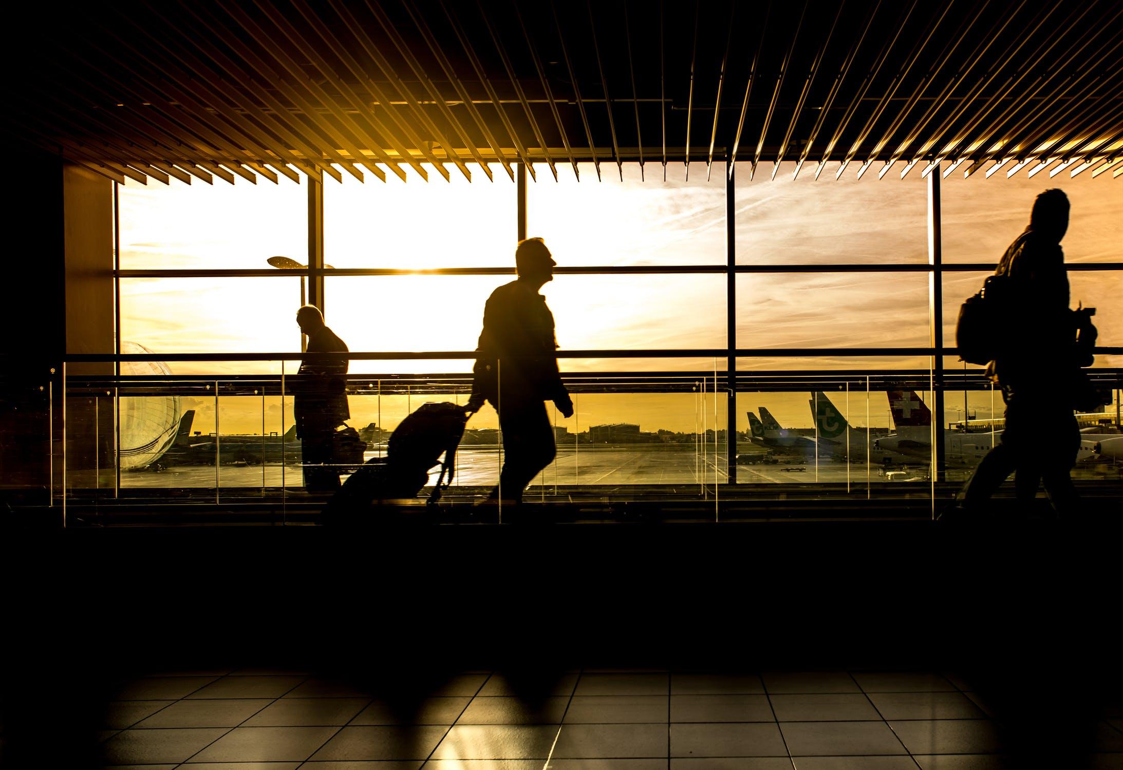 Extravio de bagagem pela companhia aérea: é cabível dano moral?  bortolotto e advogados associados assessoria jurídica chapecó